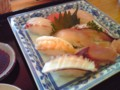 [buntaro]お昼はお寿司。これで800円は安す ぎ!美味しいし大満足です。たんぽ