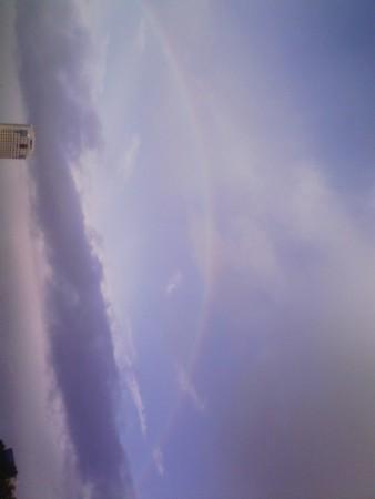 原爆ドームに綺麗に虹架かった!
