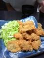 カキフライ祭りを開催。玄米100%。根野菜の味噌汁。冷や奴。デザート