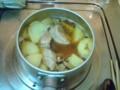 フィレ肉を味の素で煮てる