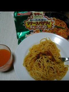 夕食: マ・マー ソテースパゲティ、充実野菜