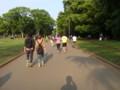 代々木公園。ジョギングする視覚障害者と伴走者。 post from DSC-G3
