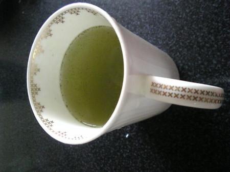 新茶で目覚め。今朝は鹿児島の「知覧茶」