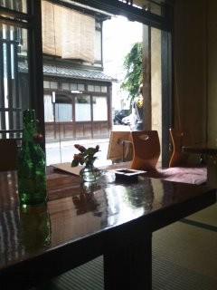 cinq cafe-三条御幸町下ル東側 12:00-22:00 休:不定 系統:町屋、レストラン