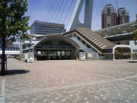 東京テレポート駅なう
