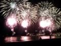 楽天のホームラン花火も凄いけど、熱海の海上花火もすげぇ!後ろが山
