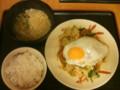 宮本むなし 肉やさい炒め定食(漬物抜き)+小うどん (撮影 Premier3)