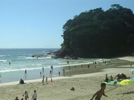 砂浜が熱くなってきたー