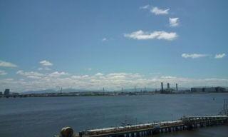 お盆も仕事なう 尼崎の海際あたり