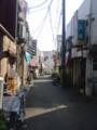 箱根ヶ崎駅前の商店街なう。昭和の雰囲気出してるなぁ。