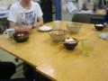 シェフMuneyoshiによる「牛肉とトマトのオイスターソ ース炒め」。さて
