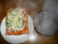今日の朝飯:ピザトーストとスープ