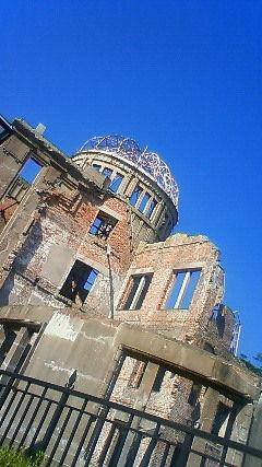 晴天の原爆ドーム、今日はいい天気だ