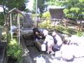 加賀野八幡神社 井戸水を汲みに