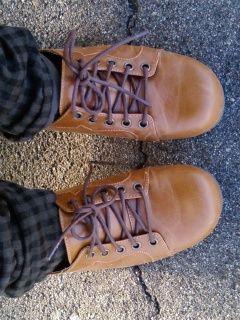 ちなみに新しい靴はこんなです。軽いよ!ミラクル!