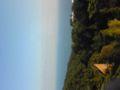 熱海の山の上、伊豆山にいま〜す。ぼんやり見えるのは初島です。