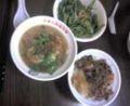 台北中山ナウ。遅いランチ。タンツー麺&ルーロー飯ウマー