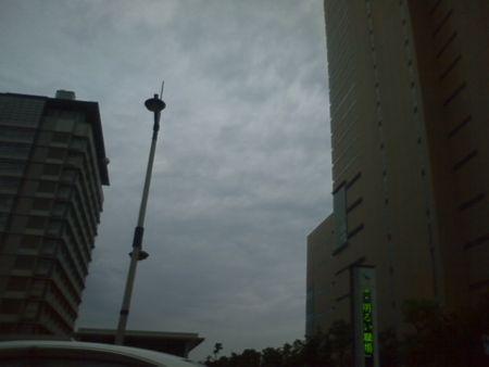 サンポートなう。曇ってる