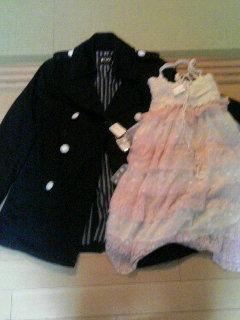 ただいま〜今日買った服(´∀`)
