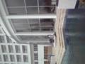 ホテル、台風に備えてバリケード作り始めました。そういえば、数年前