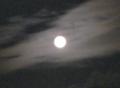 まんまるお月様。何年ぶりかで 中秋の名月 を意識して満月を見た。雲