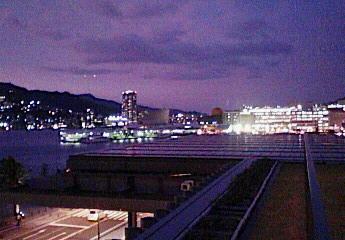 長崎の夕景はきれいだった (長崎県美術館より)
