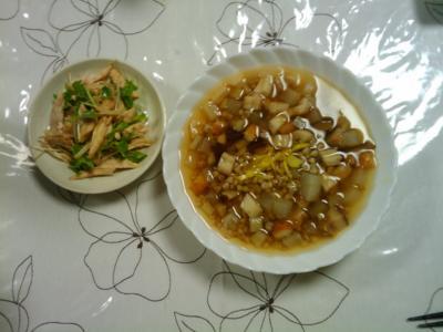 そば米の雑炊 と、蒸し鶏のわさびあえ