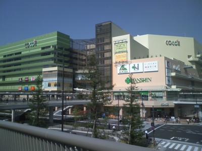 尼崎ココエのプレオープンに寄ってみる。10月20日がグランドオーブン
