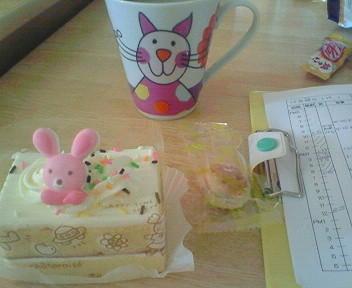 今日は誕生会だからケーキ★人形劇盛り上がって良かった(≧▼≦)