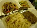 毎日毎日日替わりアジアンランチ♪本日は玄米にほうれん草の豆腐カレ