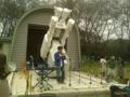 太陽フレア望遠鏡の前でコンサート