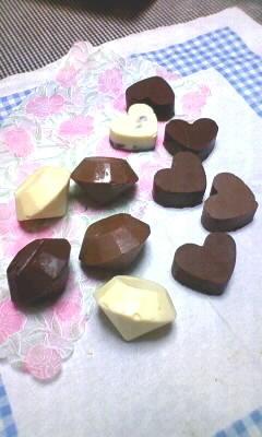 ハロウィン間近なんでお菓子作りました!チョコ流しただけですがww