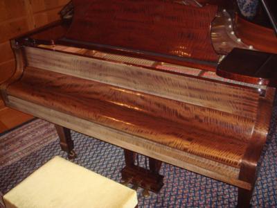 いいピアノ見つけました。steinway  Amodelマホガニー