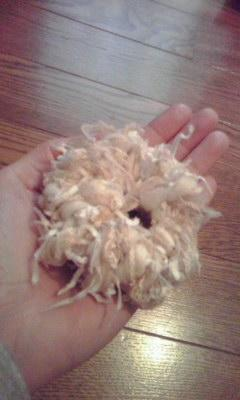 悔しかったから置いてた糸でもう1個作った。ボリュームないけど、ち