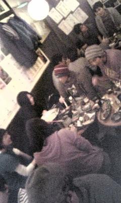 新宿で、フィッシュマンズのmixiコミュの仲間と呑み会です。