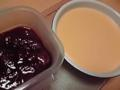 イチゴジャムとカスタードクリーム(レンジ)でき たー。やはりカスタ