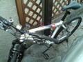 自転車。かなり下位のコンポーネントだけど、エクササイズ用ならこれ