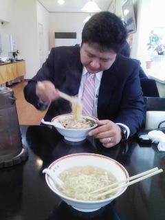 またモリシィに食べてるところ撮られた。