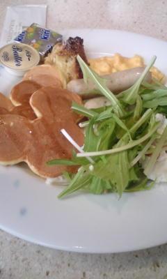 オチェアーノで素敵な朝食。