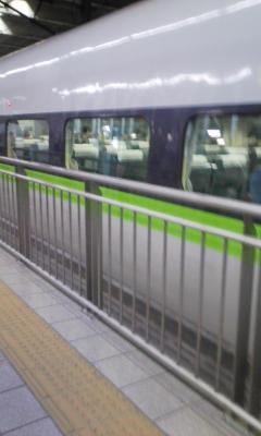 山陽上官のこだま。色かわいいなあ。これは何系なんじゃろう。新幹線