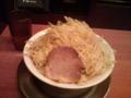 五反田にある二郎系『豚とこむぎ』小ヤサイニンニク