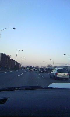 夜明けとともに渋滞ぬけ!