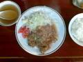 ボロ市に行くついでに松陰神社前に寄って喜楽のからあげ定食。