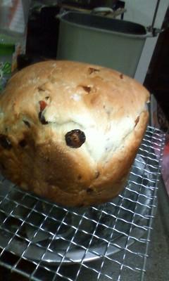 グランベリーパン焼けたなう。