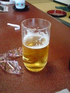 チェックインしてビール