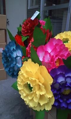 日高火防祭用の花が納品される。