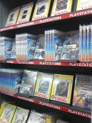 ブックオフ某店、中古PS3売り場に「北斗無双」の在庫数ハンパなく
