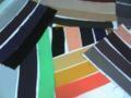 こんな感じに織や地紋の種類で簡単に仕分けた見本帳でも、事が足りる