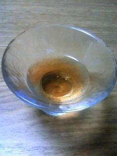 寝酒。40年モノのナポレオンと無農薬梅果実で作った梅酒