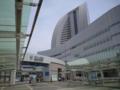 若干潮風があって涼しい気もするが暑い。パシフィコ横浜。
